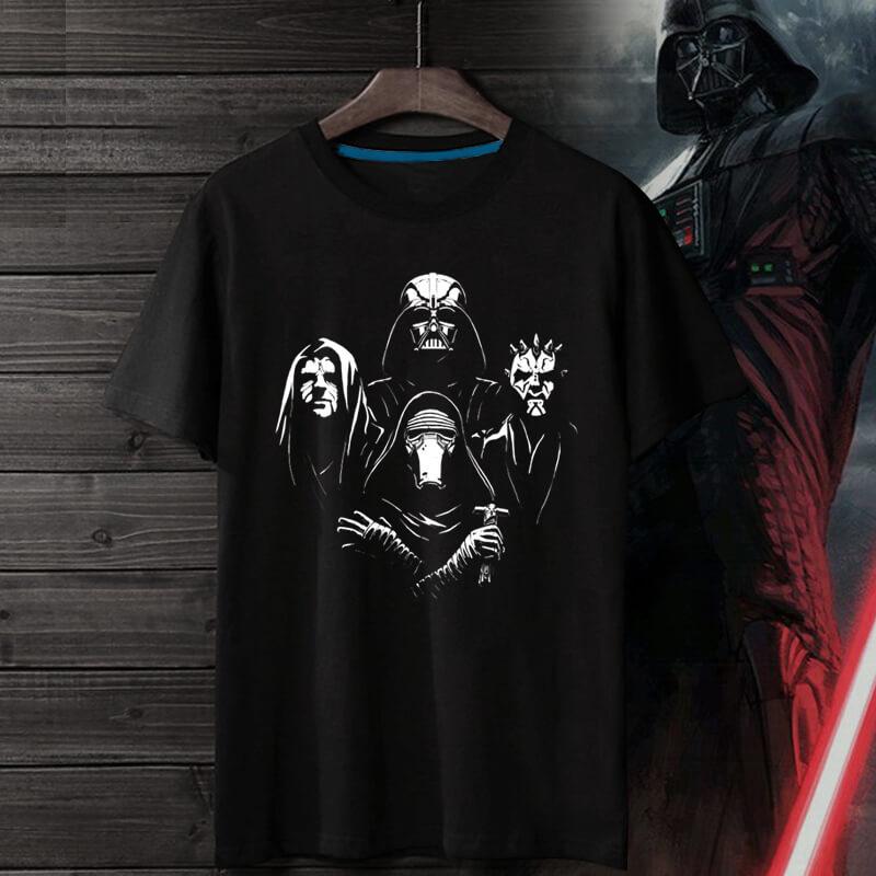 <p>Star Wars Tee Hot Topic T-Shirt</p>
